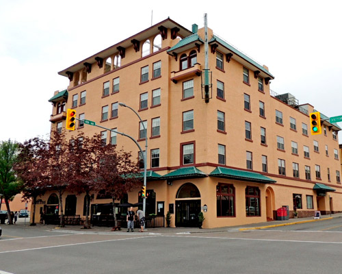Hotel The Plaza Hotel ubicado en Kamloops Canadá | Colombian Tourist